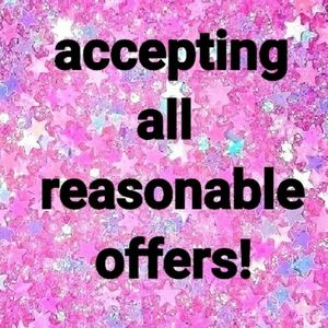 💕ACCEPTING OFFERS💕